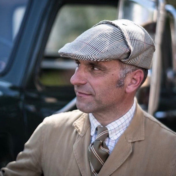Rallye cap in tweed by Bates hatters
