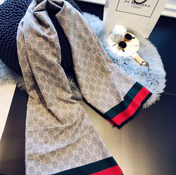 Double-Sided Cashmere Travel Scarf