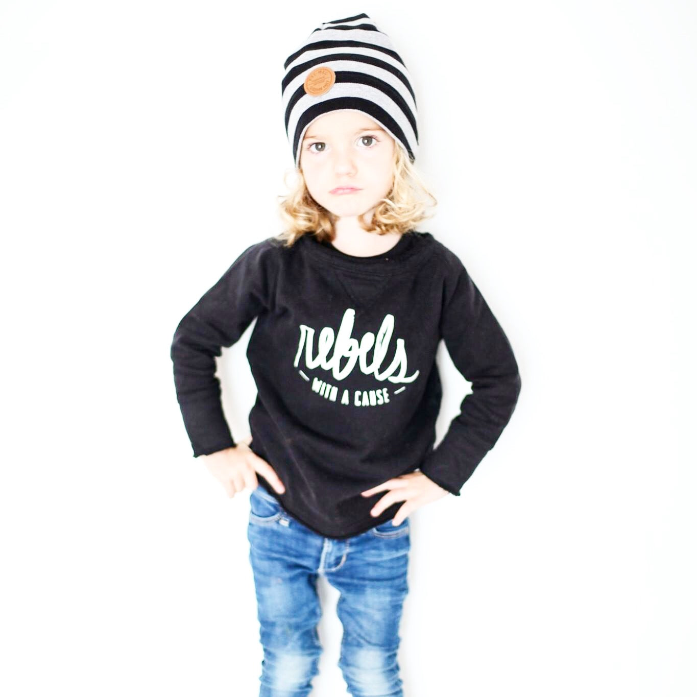 Sudadera REBELS