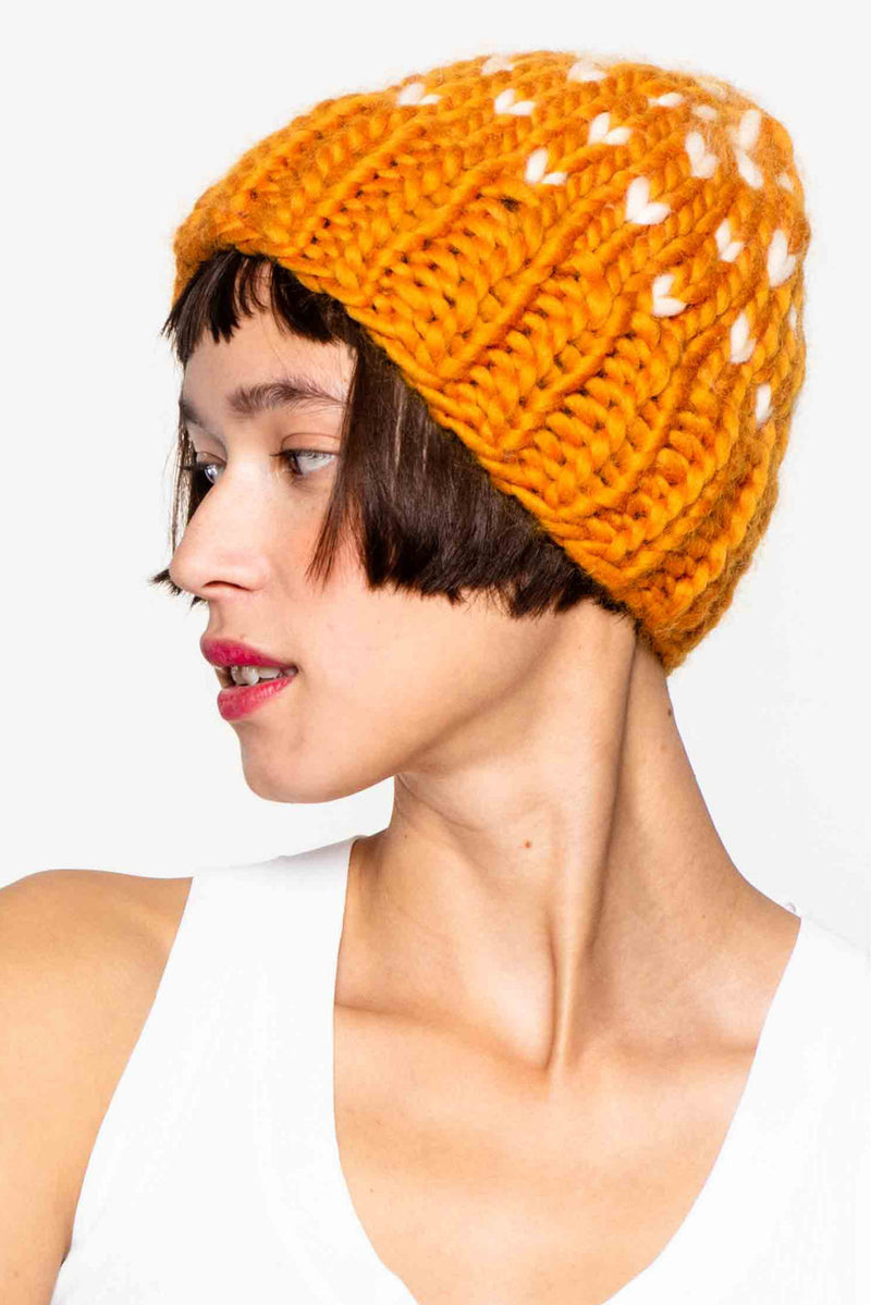 Hand knitted hat in 100% wool