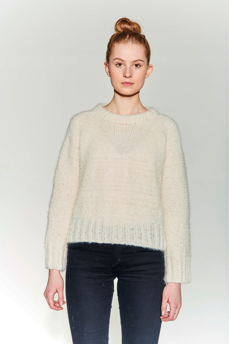 Hand knitted sweater in brushed alpaca. Texture pattern. Soft and loose fit