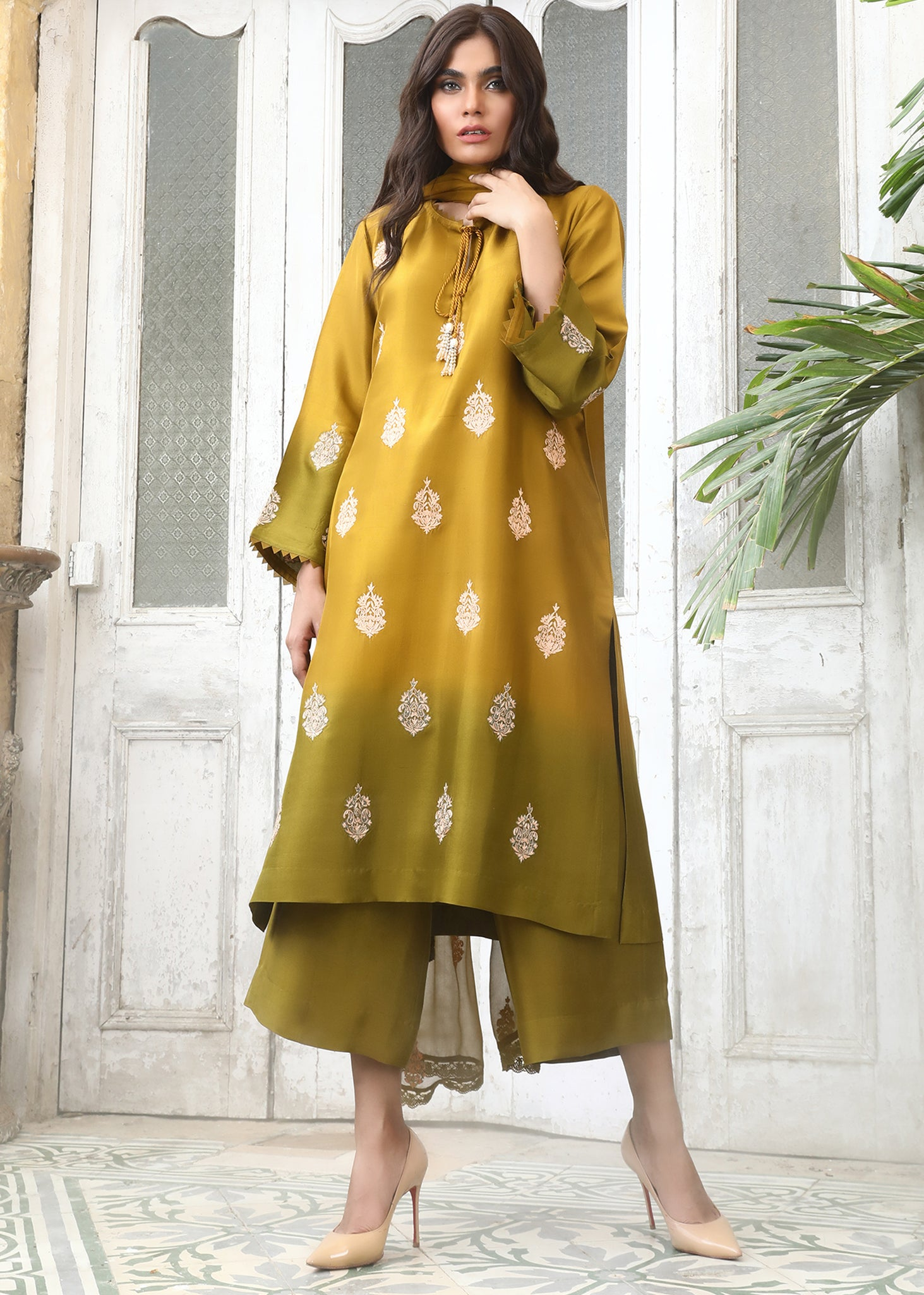 CHIFFON BOOTI EMBROIDERED AND LACE DUPATTA