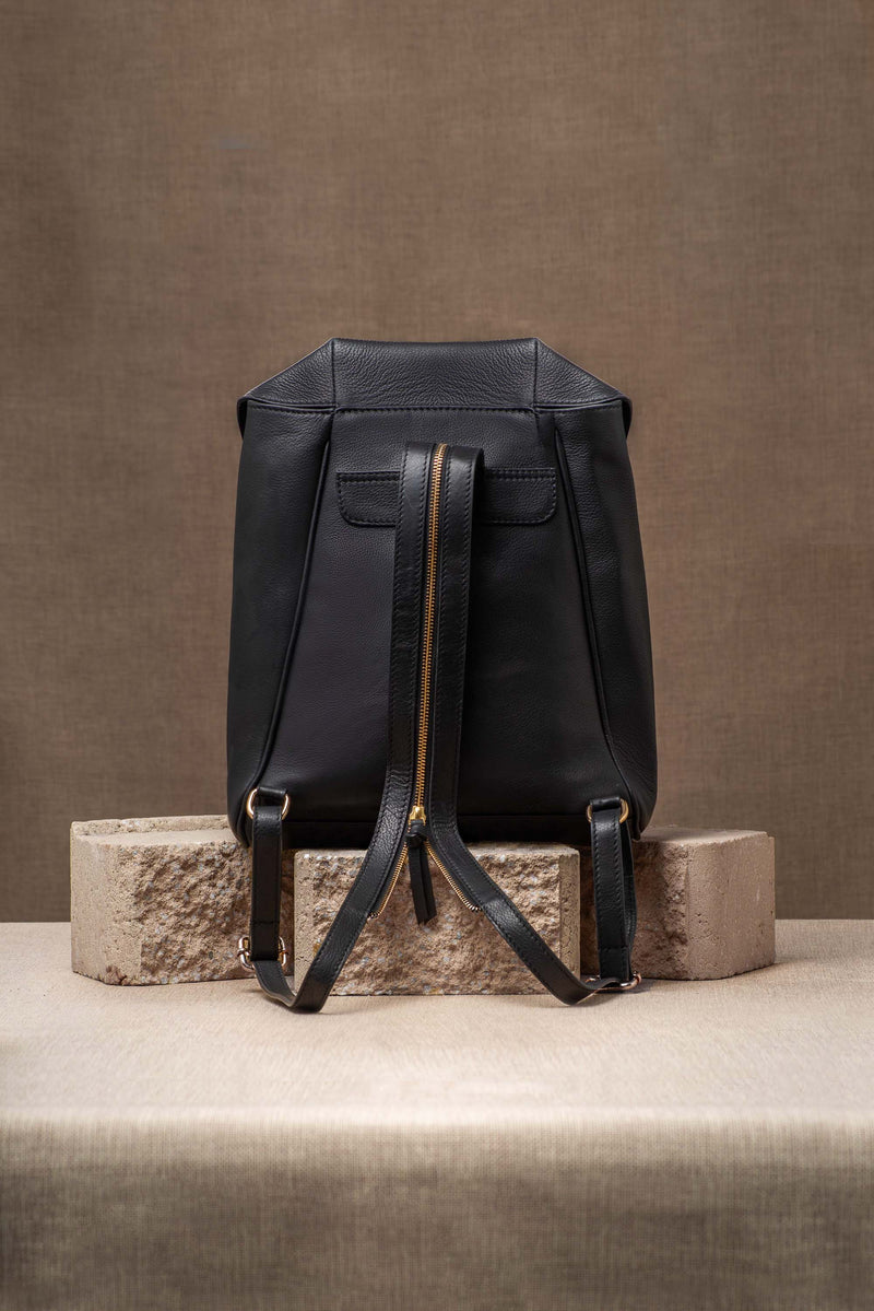 Mantra Backpack - Black