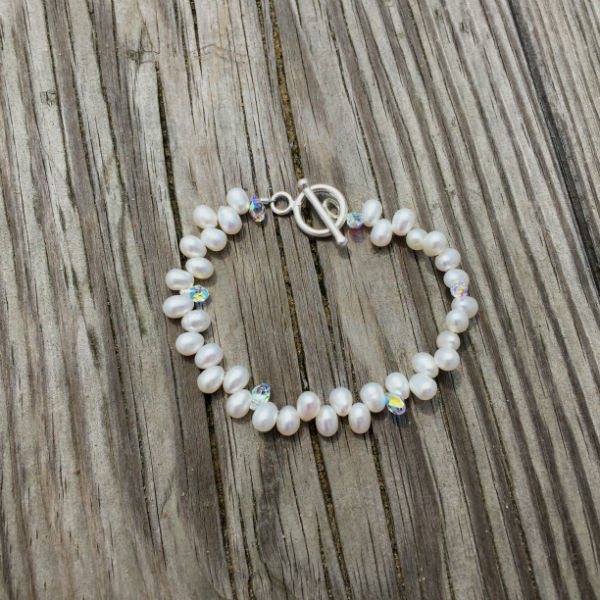 POTATO PEARL BRACELET
