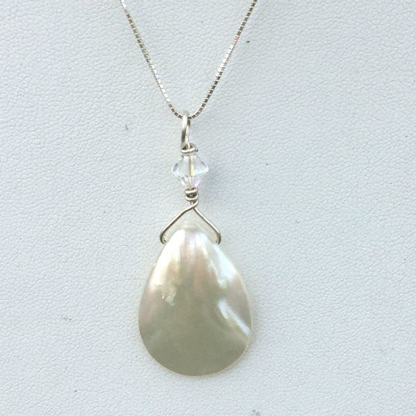 MOTHER OF PEARL DROP PENDANT