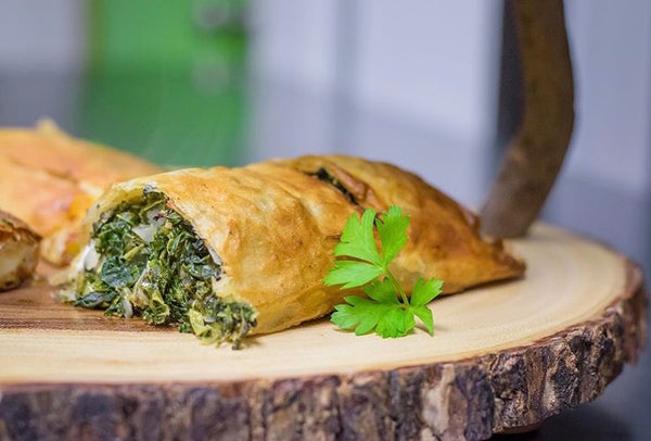 Spinach and Feta Cheese Strudel (4 slices)