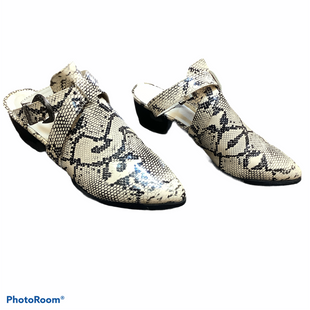 Primary Photo - BRAND:    CLOTHES MENTOR STYLE: SHOES LOW HEEL COLOR: SNAKESKIN PRINT SIZE: 8.5 SKU: 256-25661-16519
