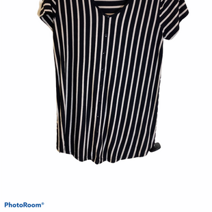 Primary Photo - BRAND:    CLOTHES MENTOR STYLE: TOP SHORT SLEEVE COLOR: STRIPED SIZE: M SKU: 256-25612-56453
