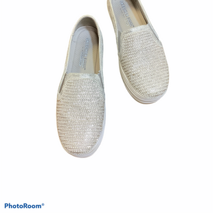 Primary Photo - BRAND: SKECHERS STYLE: SHOES FLATS COLOR: WHITE SIZE: 7.5 SKU: 256-25612-63049