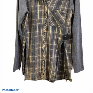 Primary Photo - BRAND: BKE STYLE: TUNIC LONG SLEEVE COLOR: PLAID SIZE: M SKU: 256-25661-17783