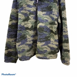 Primary Photo - BRAND:    CLOTHES MENTOR STYLE: FLEECE COLOR: CAMOFLAUGE SIZE: L OTHER INFO: GINGERLY - SKU: 256-25673-9019