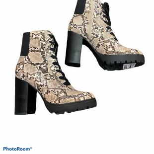 Primary Photo - BRAND: STEVE MADDEN STYLE: BOOTS ANKLE COLOR: SNAKESKIN PRINT SIZE: 8 SKU: 256-25661-14507