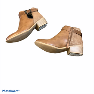 Primary Photo - BRAND:    CLOTHES MENTOR STYLE: BOOTS ANKLE COLOR: BROWN SIZE: 6 OTHER INFO: RENEEZE - SKU: 256-25678-5929