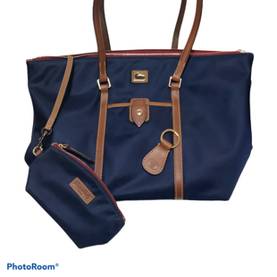 Primary Photo - BRAND: DOONEY AND BOURKE STYLE: HANDBAG DESIGNER COLOR: NAVY SIZE: LARGE OTHER INFO: WITH KEY CHAIN AND SMALL MAKEUP BAG SKU: 256-25612-67488