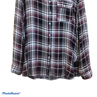 Primary Photo - BRAND:    CLOTHES MENTOR STYLE: BLOUSE COLOR: PLAID SIZE: S OTHER INFO: E2 CLOTHING - SKU: 256-25612-60716