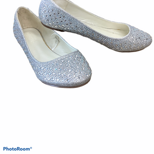 Primary Photo - BRAND:    CLOTHES MENTOR STYLE: SHOES FLATS COLOR: SILVER SIZE: 7 SKU: 256-25611-37614
