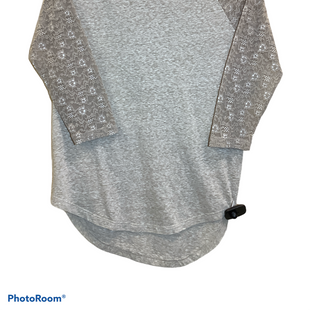 Primary Photo - BRAND: VICTORIAS SECRET STYLE: TOP LONG SLEEVE COLOR: CHAMPAGNE SIZE: S SKU: 256-25681-400