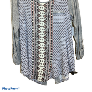 Primary Photo - BRAND: MAURICES STYLE: TOP LONG SLEEVE COLOR: BLUE SIZE: M SKU: 256-25661-13390