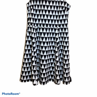 Primary Photo - BRAND: H&M STYLE: DRESS SHORT SLEEVELESS COLOR: BLACK WHITE SIZE: M SKU: 256-25661-8501