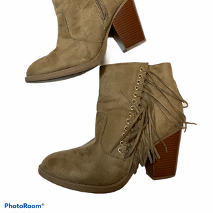 Primary Photo - BRAND:    CLOTHES MENTOR STYLE: BOOTS ANKLE COLOR: BROWN SIZE: 8.5 OTHER INFO: Y NOT - SKU: 256-25612-63474