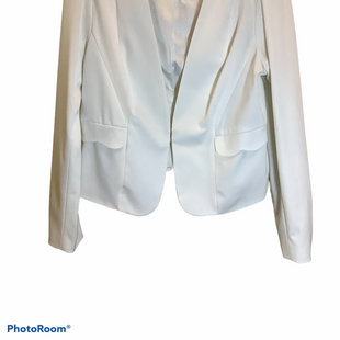 Primary Photo - BRAND: ELLE STYLE: BLAZER JACKET COLOR: WHITE SIZE: L SKU: 256-25661-16163