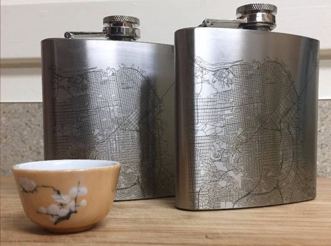 NEW ORLEANS MAP HIP FLASK - SILVER