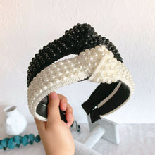 Load image into Gallery viewer, Pearly Paris Headband