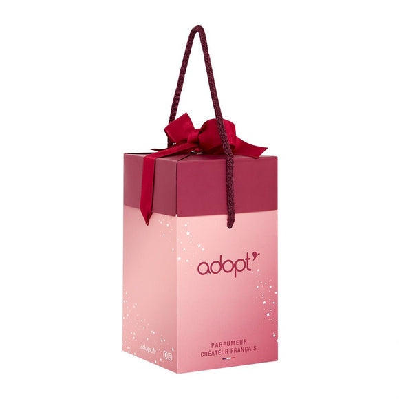 Sac boîte cadeau - Petit - Adopt Noël - Maquillage, Parfums, Vernis, Rouge a levres, Ongles, Homme, Femme, Jolie, Belle, Beaute, beauty, High Class, Top prices, Top Quality, France, Maurice