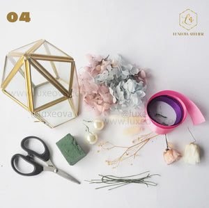 Workshop Kits for Preserved Flower Arrangement in Terrarium Glass Box