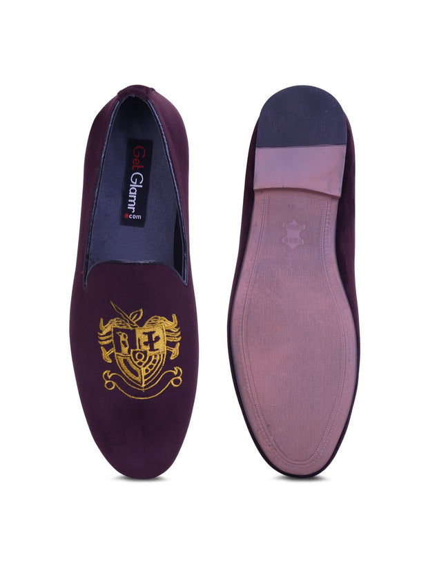 The Royal Crest Slip on