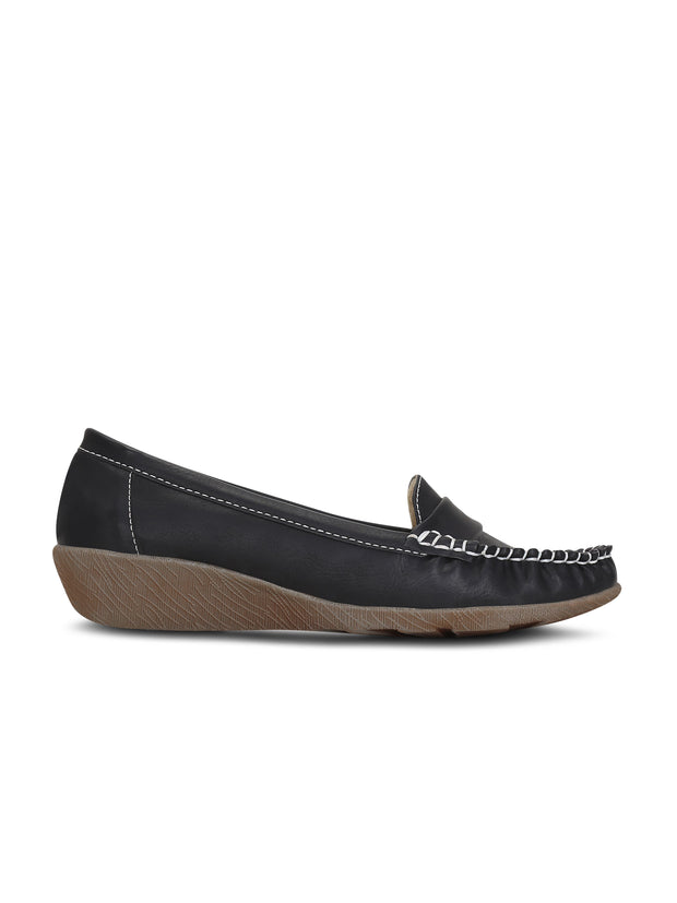 Classic Black Moc toe Loafers