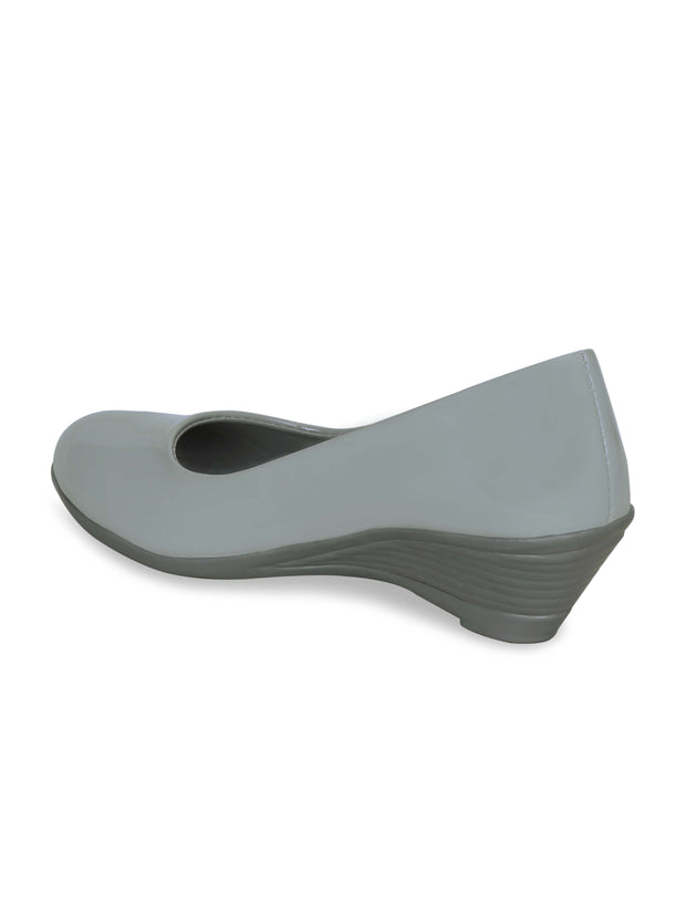 Women Grey Solid Wedge Pumps