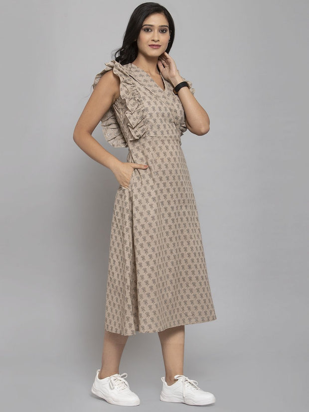 Women Beige & Off-White Printed A-Line Dress With Mask