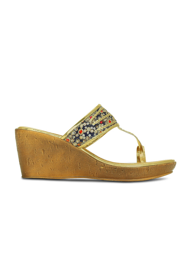 Gold Rush Kolhapuri wedges
