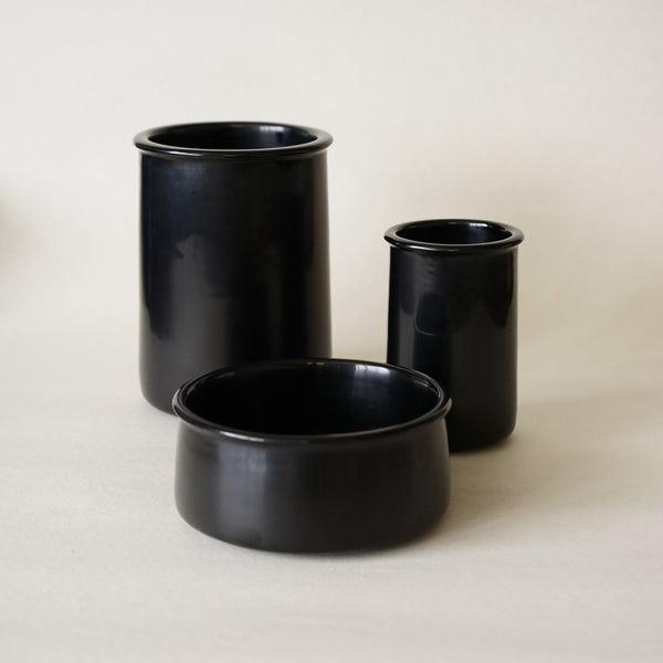 Set of 3 Kaku Pots