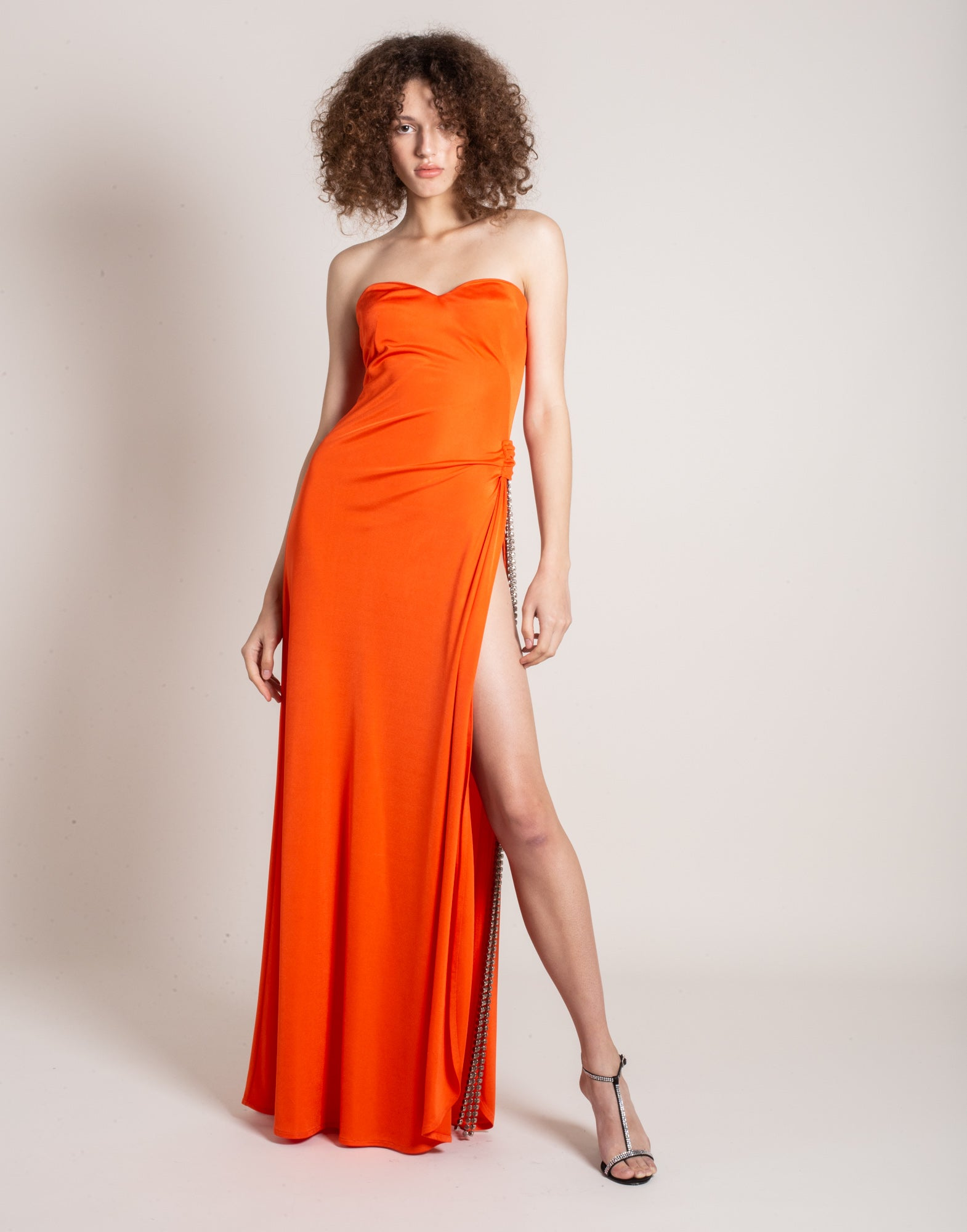 Orange strapless rhinestone-embellished gown - NEW IN