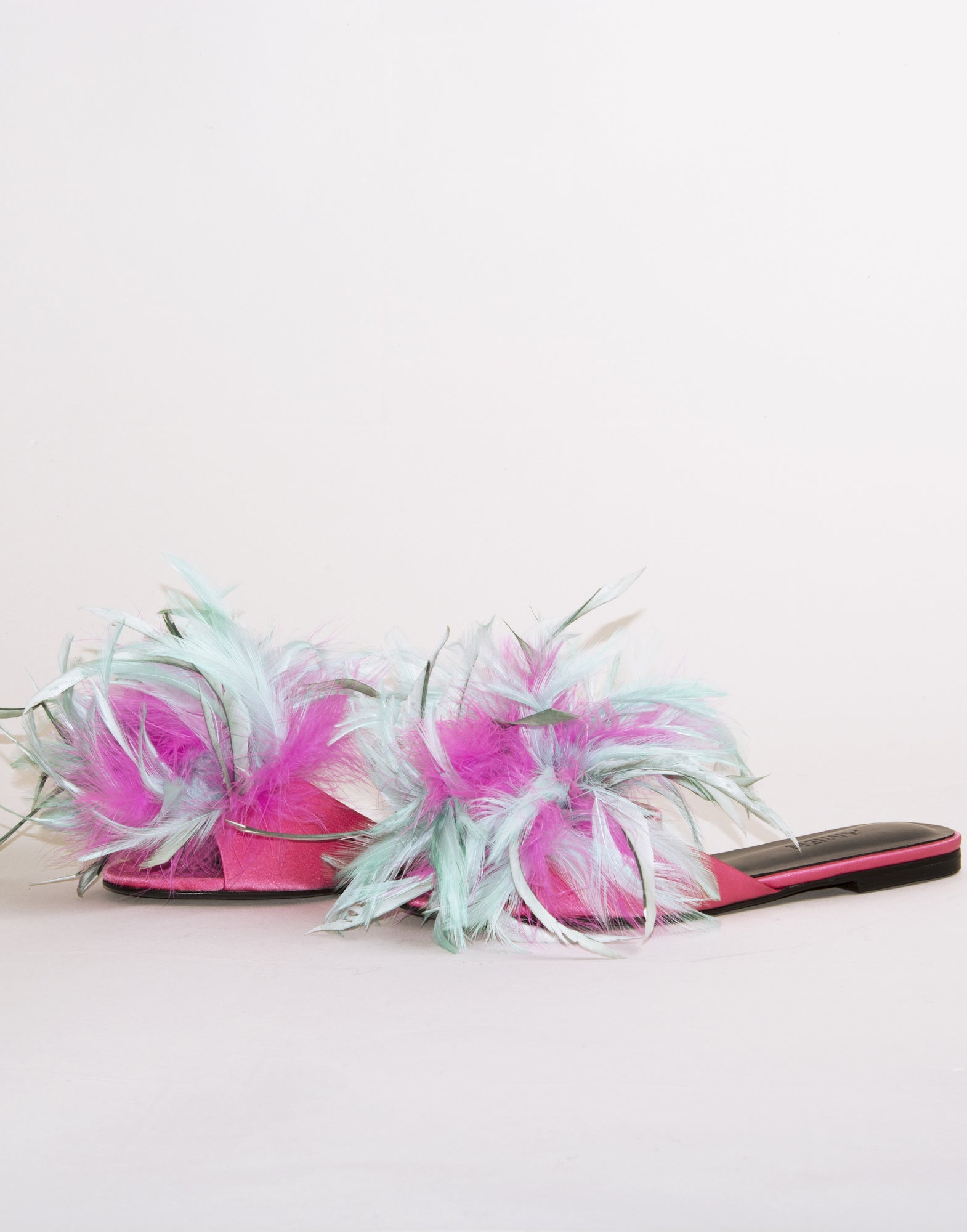 Feather sandals | NEW ARRIVALS