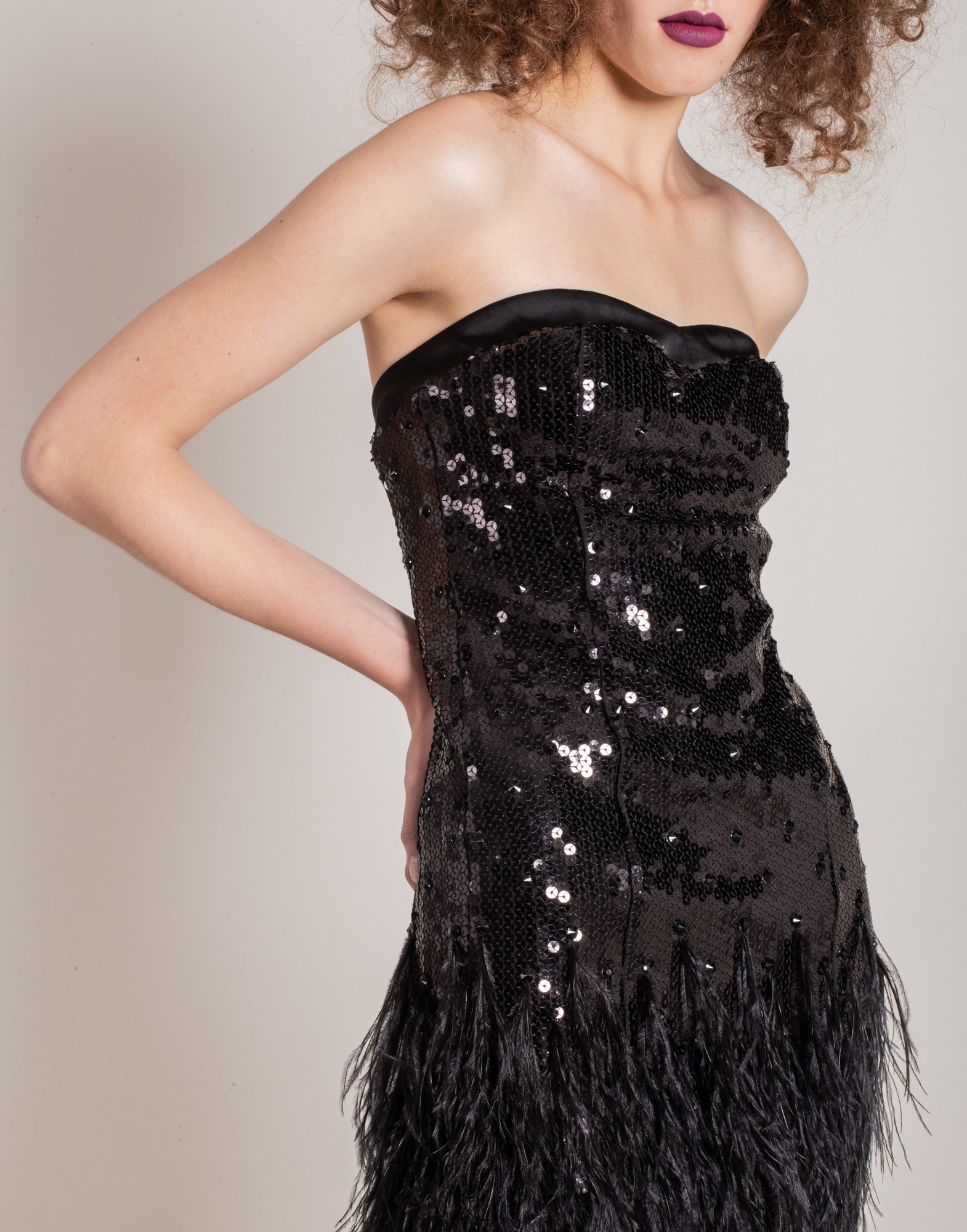 Sequins and feathers dress | NEW ARRIVALS