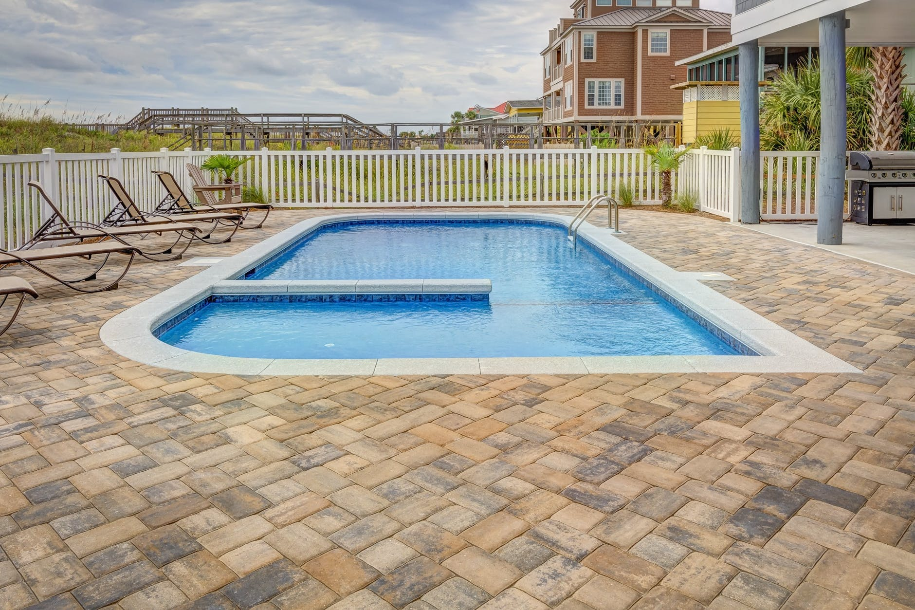 Best Types of Patio Pavers for South Florida's Climate