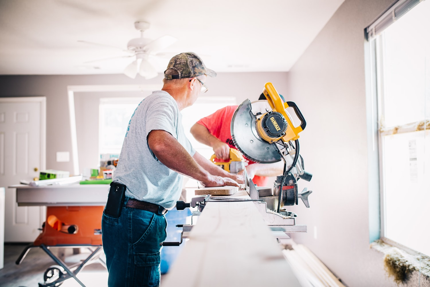 8 Home Renovation Tips to Save Money
