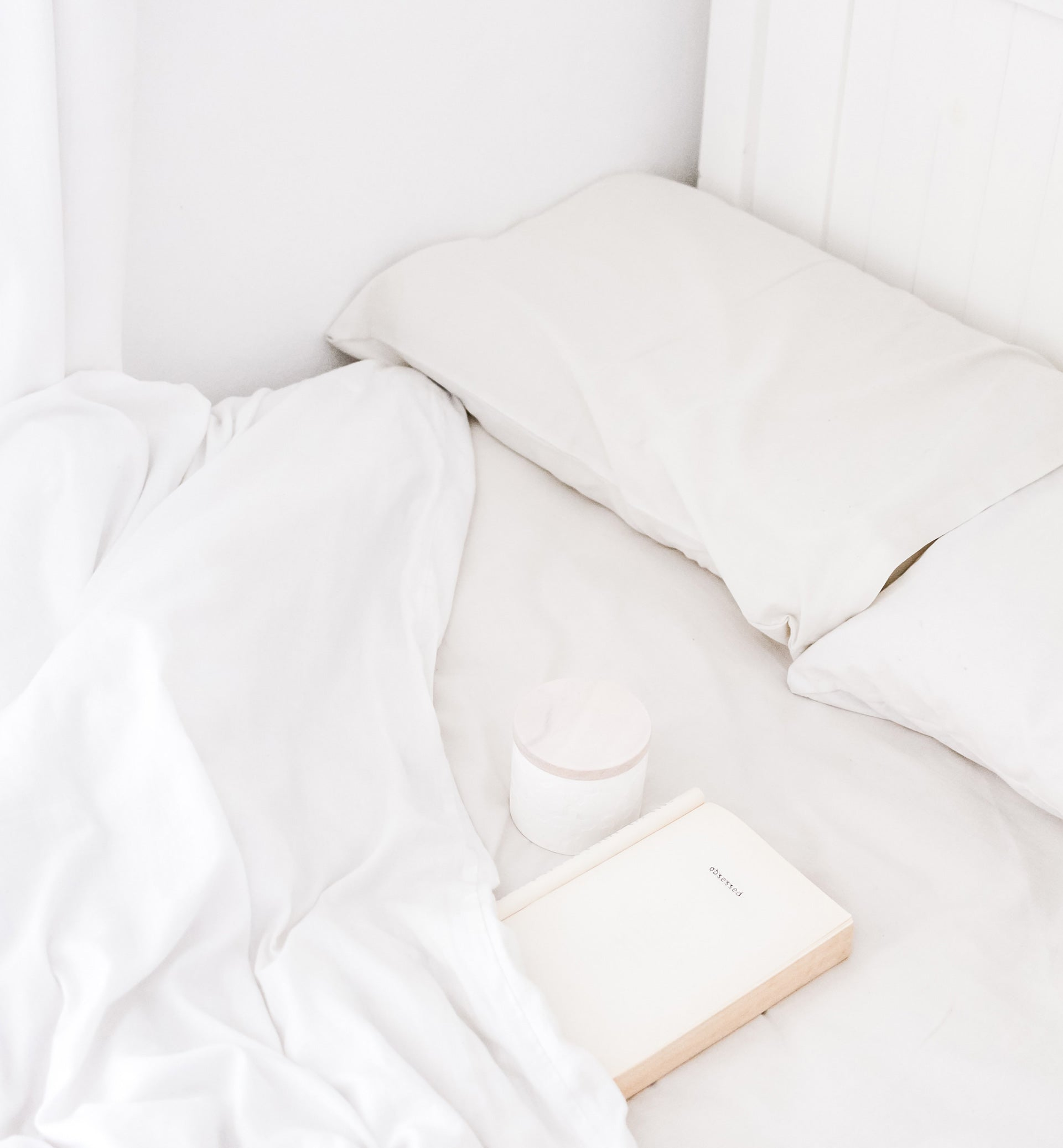 Relaxing White Bed