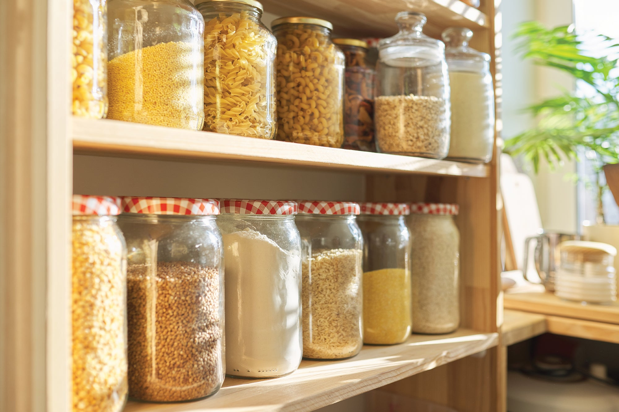 5 easy ways to make over your pantry