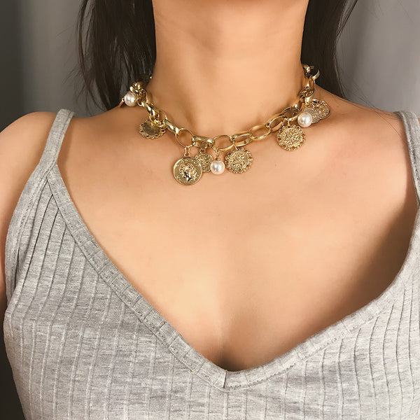 Gold Coin Pearl Chain Short Necklace - Damnbling