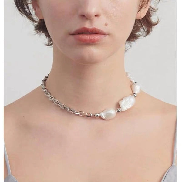 Baroque Pearl Short Necklace - Damnbling