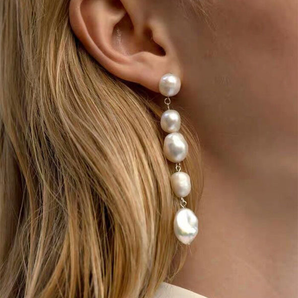Modern Quality Pearl Drop Mismatch Earrings - Damnbling