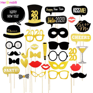 New Year or Christmas Themed Party Props. Balloons, Banners, Inflatables, and more! - Paul's Mall for All