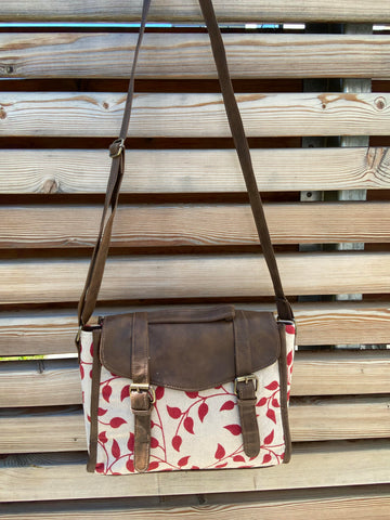 rectangle bag in leaf & wine pattern