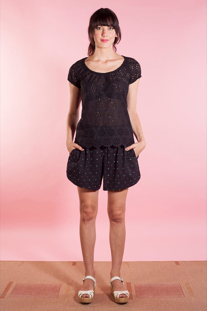 Grace top black/Anita shorts black fleck