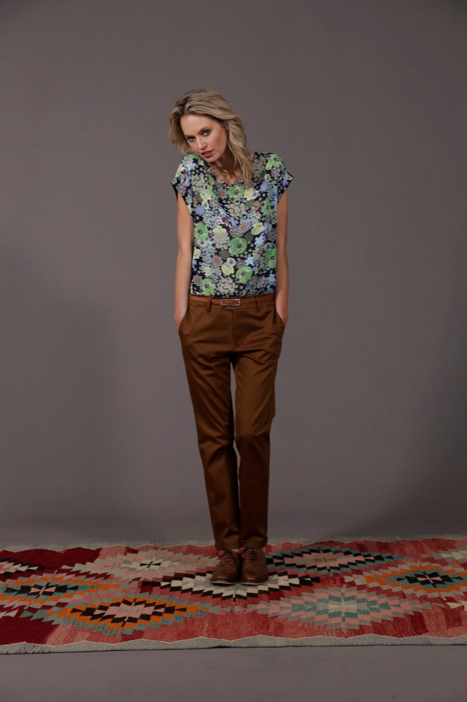 Nadine top lime / Naomi pant brass