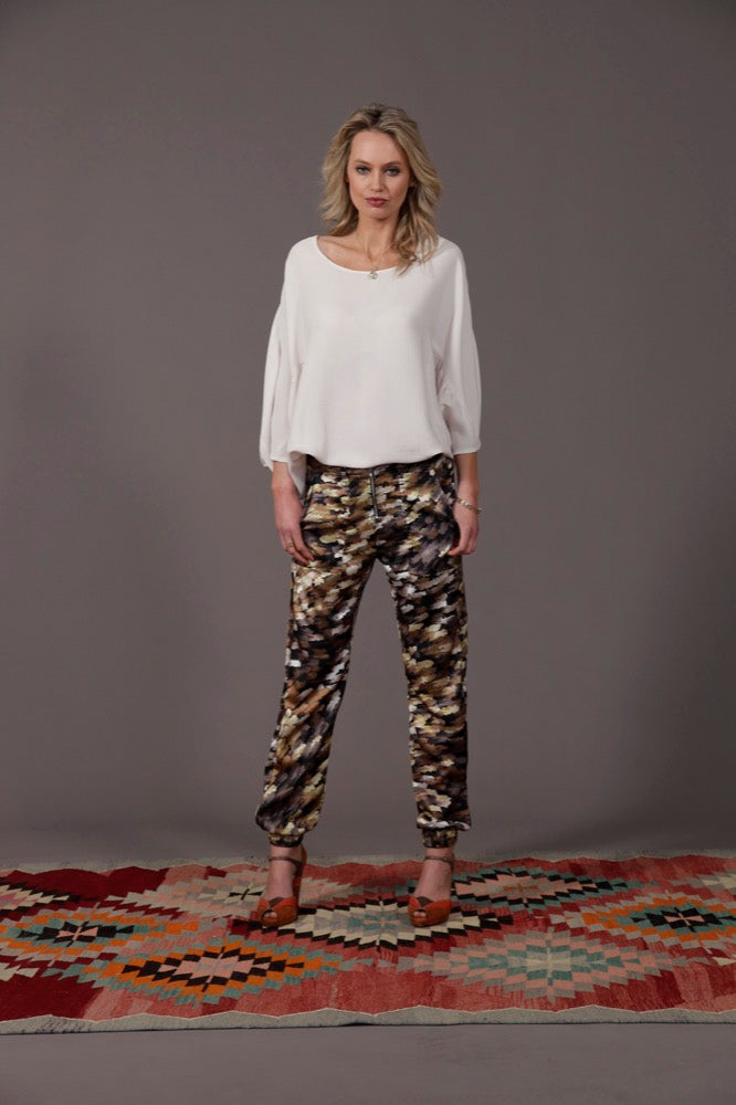 Abby top / Madison pant golden palm